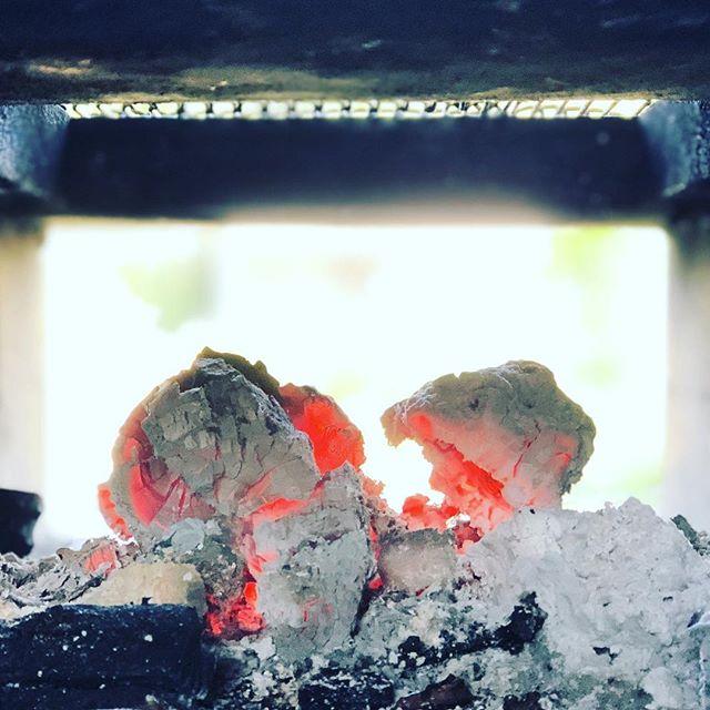 火に癒される。#sudach #蘇大地 #バーベキュー #bbq #ゴールデンウィーク(Instagram)